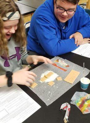 8th Grade Students Model Plate Tectonic Boundaries