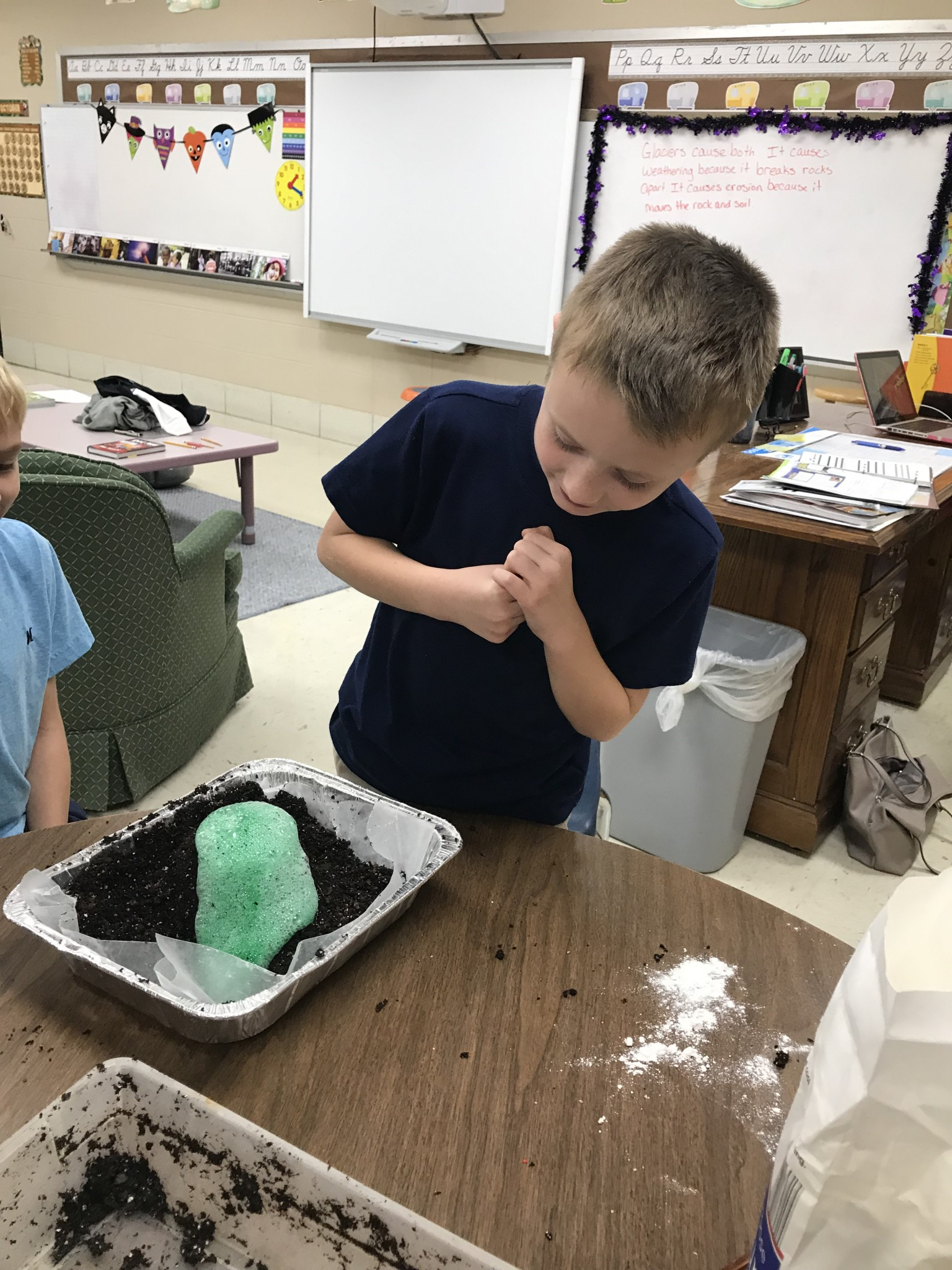 3rd Graders Make Volcanoes