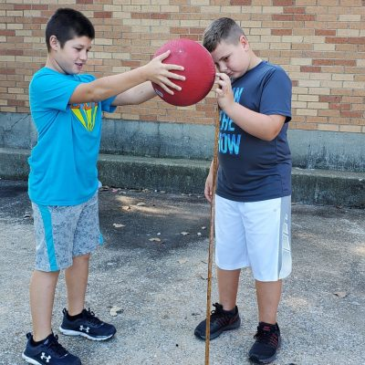5th Grade Performs Controlled Science Experiment